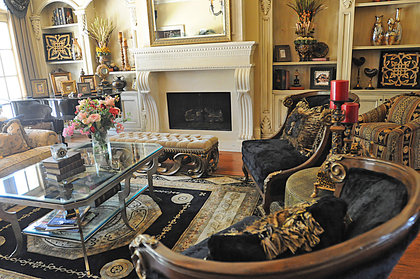 Kim Zolciak Furniture House Yeahyoutriedthat Com